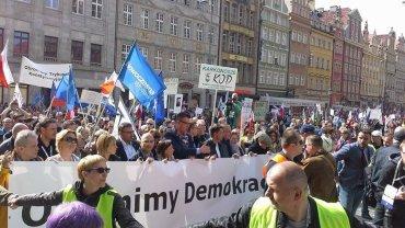 Marsz KOD we Wrocławiu