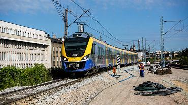 Wypadek na torach, ruch pociągów został wstrzymany (zdj. ilustracyjne)