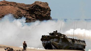 Ćwiczenia wojsk NATO 'Steadfast Jaguar' na plaży Flemingo w São Vicente (Wyspy Zielonego Przylądka, 22 czerwca 2006 r.)