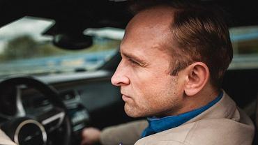 """Borys Szyc na planie serialu """"Pakt"""""""