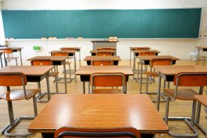 Jak napisać usprawiedliwienie nieobecności w szkole? [WZÓR]