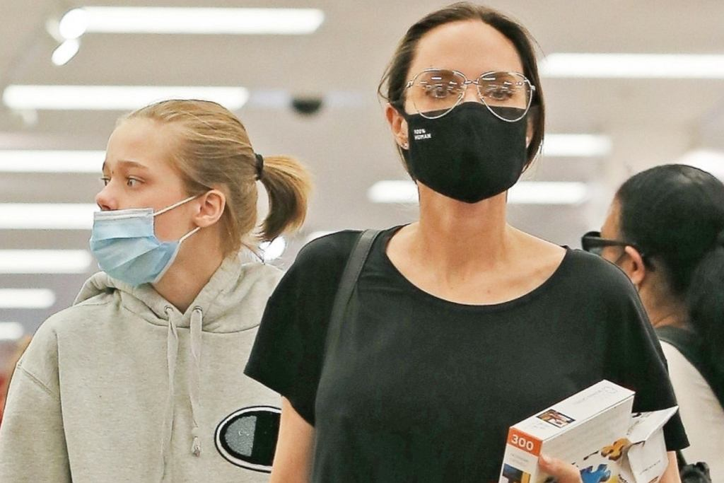 Angelina Jolie z dziećmi na zakupach