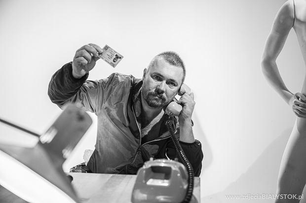 Na planie nowego teledysku do piosenki 'Kredyt mi daj' białostockiego zespołu Pan Niszment