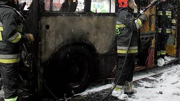 Pożar autobusu (zdjęcie ilustracyjne)