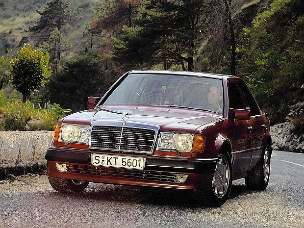 Chętnie był nabywany przez sławnych i bogatych. Właścicielami byli Michael Schumacher, Niki Lauda a także Rowan Atkinson