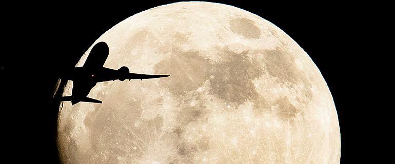 Zaćmienie Księżyca i superpełnia. Niezwykłe zdjęcia z całego świata
