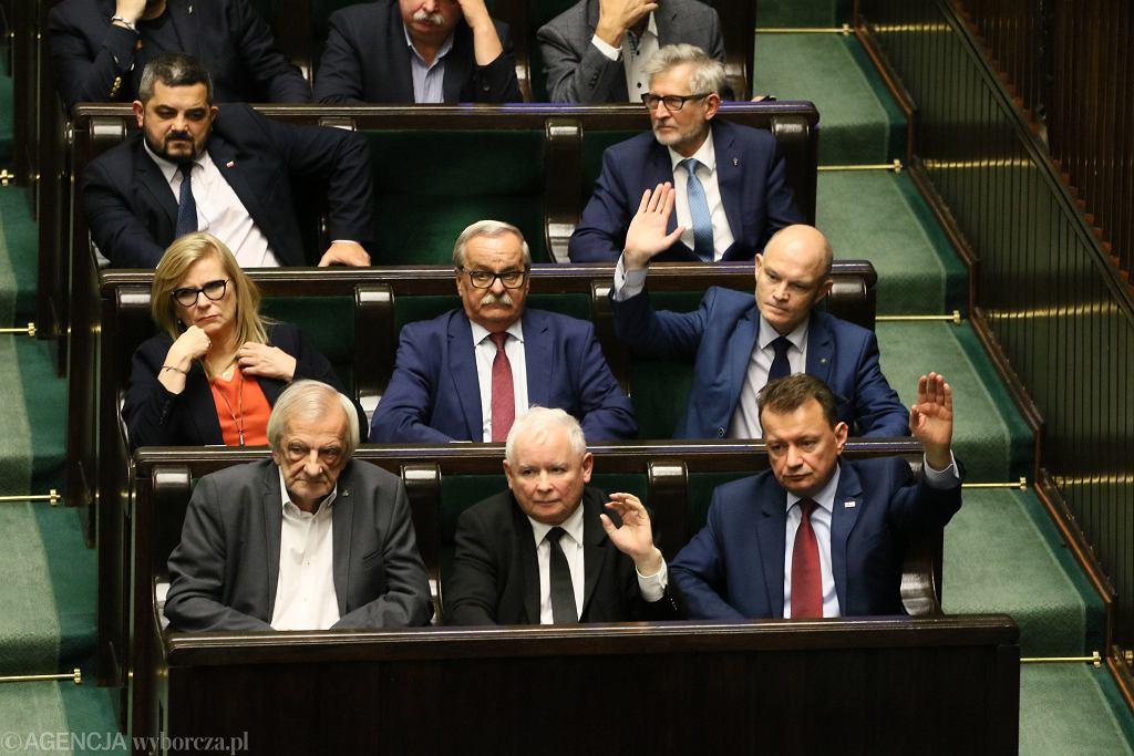 PiS przerwało głosowanie na członków KRS. 'Trzeba to anulować, bo my przegramy'