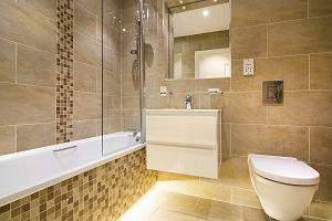 Płytki łazienkowe do małej łazienki: na co zwrócić uwagę podczas wyboru?