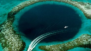 Morski lej krasowy Great Blue Hole