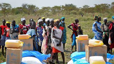 Wydawanie racji żywnościowych w Sudanie Południowym