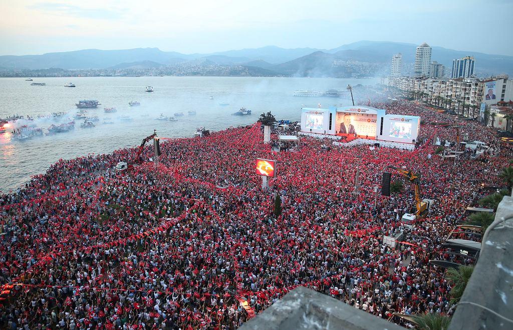 Wybory w Turcji. Wiec kandydata opozycji Muharrema Ince