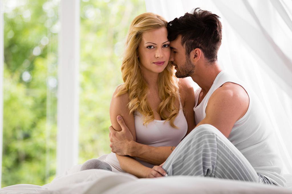 Czy myślenie o kimś innym podczas seksu jest złe?