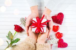 Walentynki 2021. Pomysły na efektowny prezent dla niej i dla niego