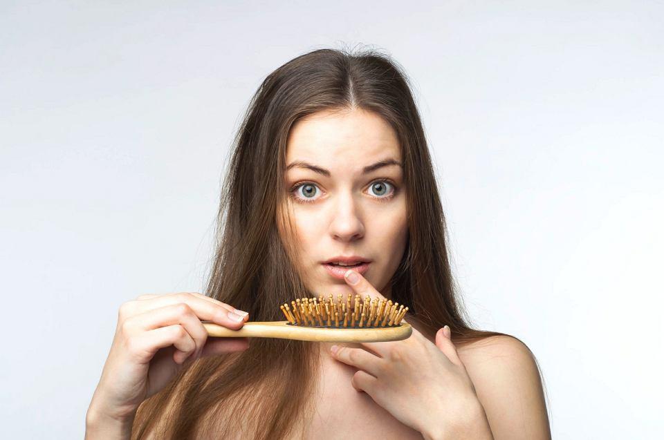 wypadanie włosów a menopauza forum