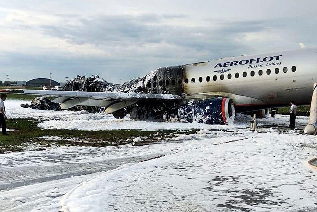 Samolot SSJ-100 po pożarze