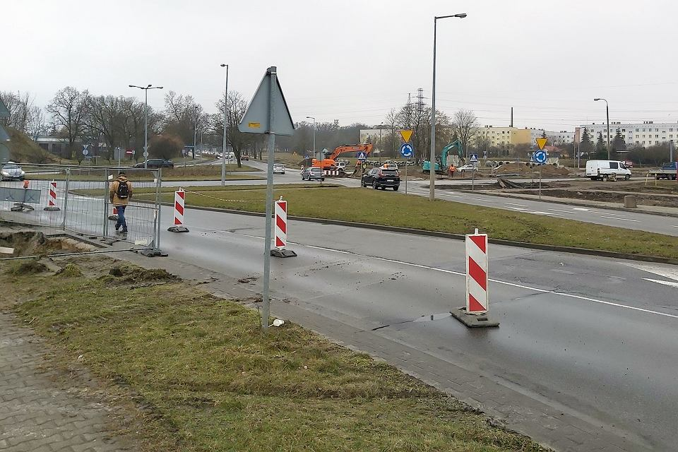 Czwartek, 18 marca 2021 r. Utrudnienia na rondzie Gdańskim w Gorzowie