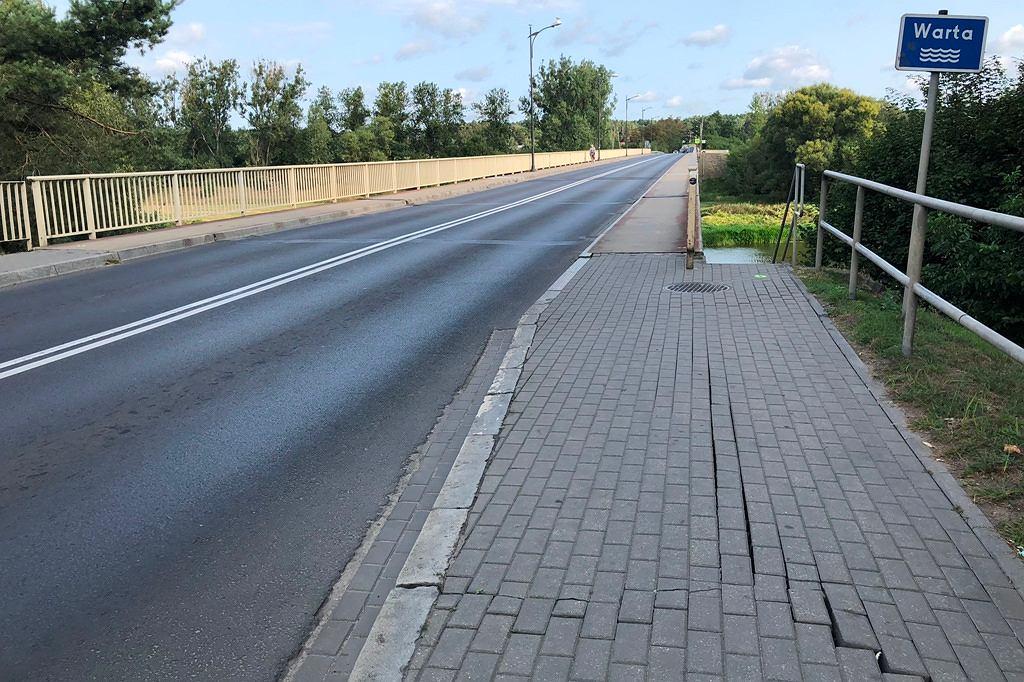 Most we Wronkach zostanie zamknięty z powodu licznych pęknięć