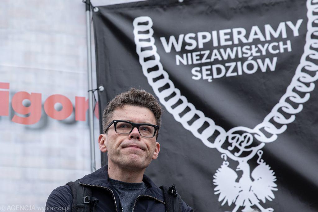 Demonstracja wsparcia dla sędziego Igora Tulei pod Sadem Najwyższym