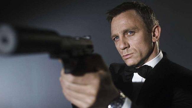 Nie czas umierać. Czas obejrzeć wszystkie filmy z Bondem. Właśnie weszły na VOD