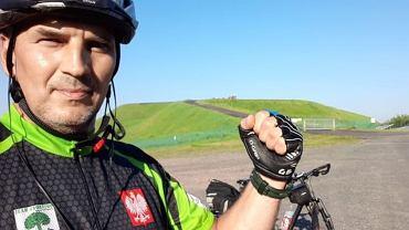 Dariusz Flesiński chce pokonać na rowerze ponad 25 tysięcy kilometrów