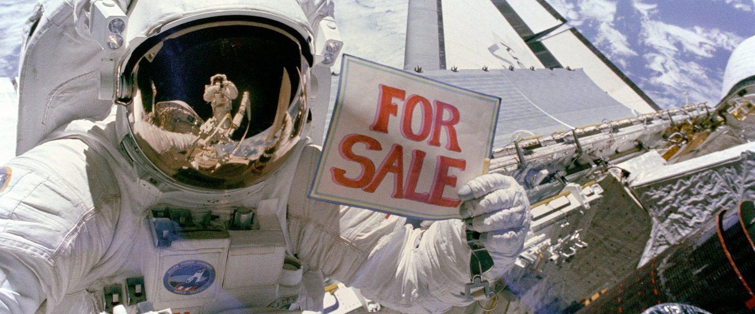 Astronauta Dale A. Gardner w 1984 r. (fot. NASA)