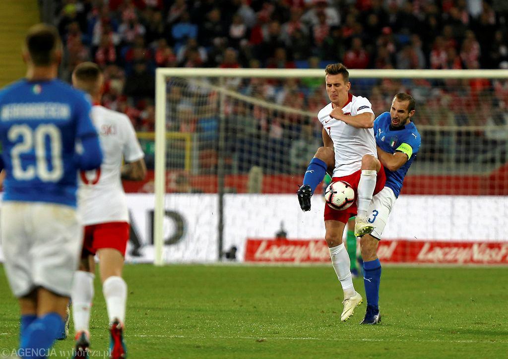 Arkadiusz Milik i Giorgio Chellini podczas meczu Polska - Włochy (Liga Narodów). Chorzów, Stadion Śląski, 14 października 2018