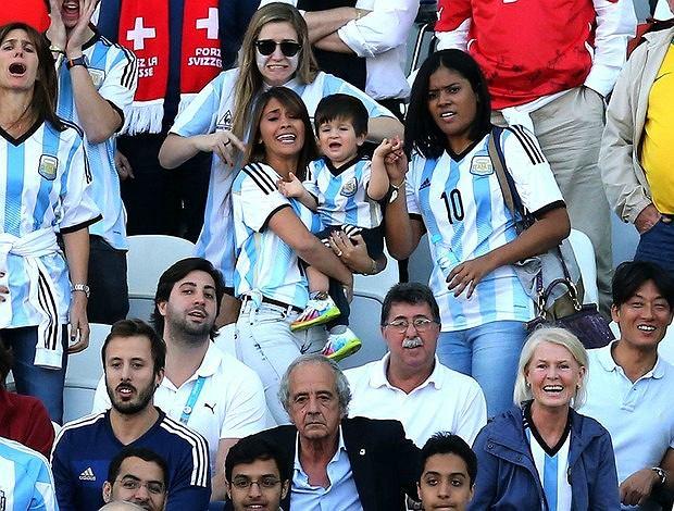 Rodzina Messi dopinguje tatę w meczu ze Szwajcarią