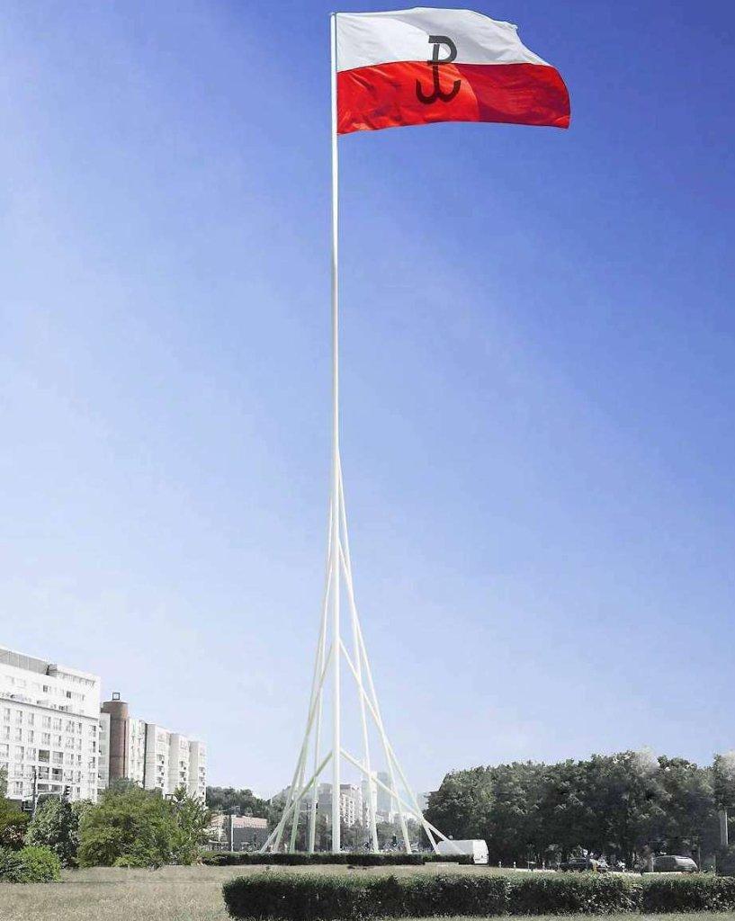 Maszt z biało-czerwoną flagą stanie na środku ronda Babka