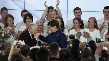 Wieczór wyborczy w zwycięskim sztabie PiS