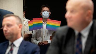 Nadzwyczajna Sesja Sejmiku województwa lubelskiego zwołana w sprawie uchylenia uchwały wprowadzającej strefę wolną od LGBT