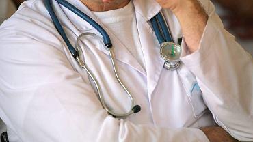 Lekarz, wizerunek (zdjęcie ilustracyjne)