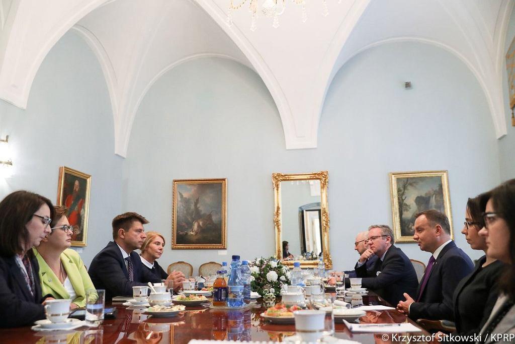 Spotkanie z Andrzejem Dudą ws. sądów