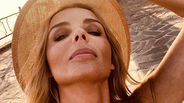 """Agnieszka Włodarczyk w białym kostiumie na wakacjach. Fani nie mogą się napatrzeć. """"Wyglądasz jak milion dolarów"""""""