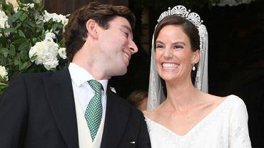Bajkowy ślub księżniczki Marie-Astrid i Ralpha Worthingtona. Panna młoda miała haftowaną suknię. Wyglądała pięknie