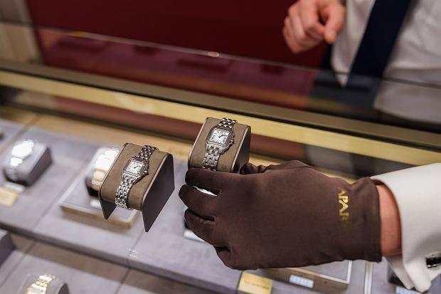 Zegarki Cartier dostępne w salonie Apart w Galerii Mokotów