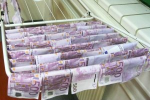Wyłowił fortunę z rzeki. 100 tys. euro dryfowało w Dunaju