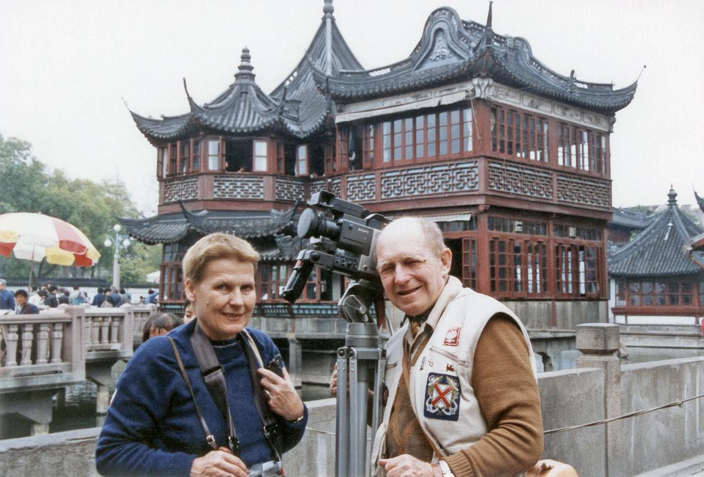 Tony Halik i Elżbieta Dzikowska podczas podróży po Chinach, 1989 r. (fot. archiwum prywatne rodziny Halików)