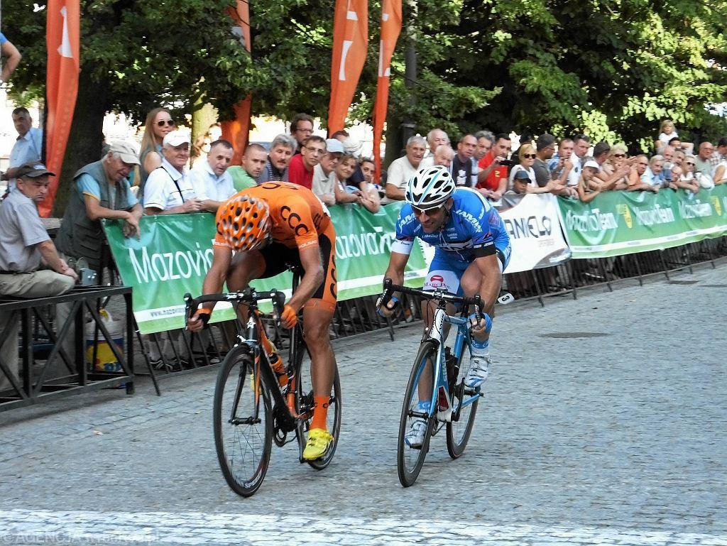 52. międzynarodowy wyścig kolarski o puchar MON. Od lewej: Bartłomiej Matysiak, Mateusz Komar