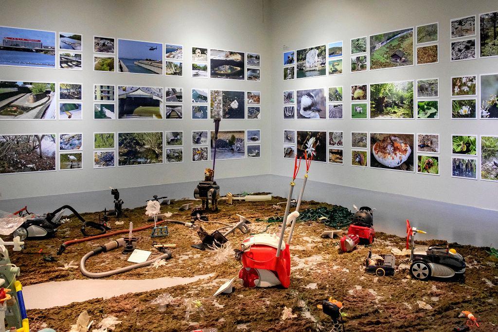 'Plastyczność planety' w Centrum Sztuki Współczesnej Zamek Ujazdowski / BARTOSZ GÓRKA