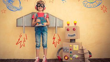 Co robić w domu przez dwa tygodnie? Zabawa w teatrzyk może okazać się super pomysłem. Zdjęcie ilustracyjne, Sunny studio/shutterstock.com