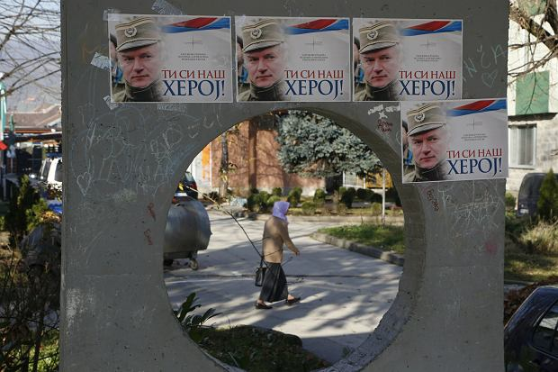 Plakaty gloryfikujące Ratko Mladića