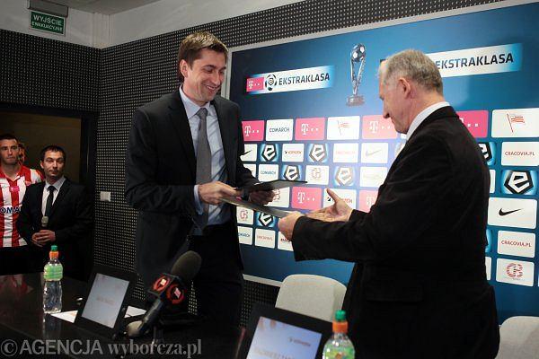 /Podpisanie umowy sponsorskiej w klubie Cracovia