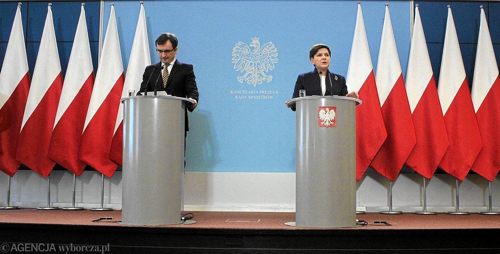 Wspólna konferencja Zbigniewa Ziobry i Beaty Szydło o połączeniu funkcji prokuratora generalnego i ministra sprawiedliwości