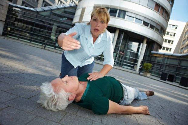 Omdlenie - nawet jednorazowa utrata przytomności wymaga konsultacji lekarskiej