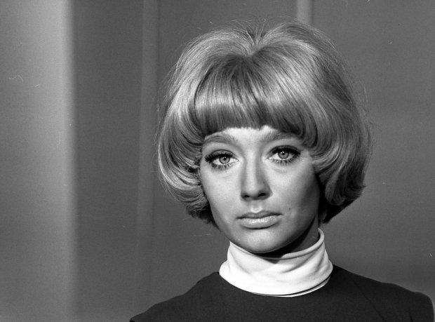 """Ewa Szykulska, kadr z filmu """"Sygnały MMXX"""", 1970"""