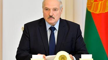 Aleksander Łukaszenka pokazał się dziś (14 sierpnia) po raz pierwszy publicznie od wyborów