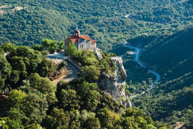 Dolina rzeki Lousios w Grecji