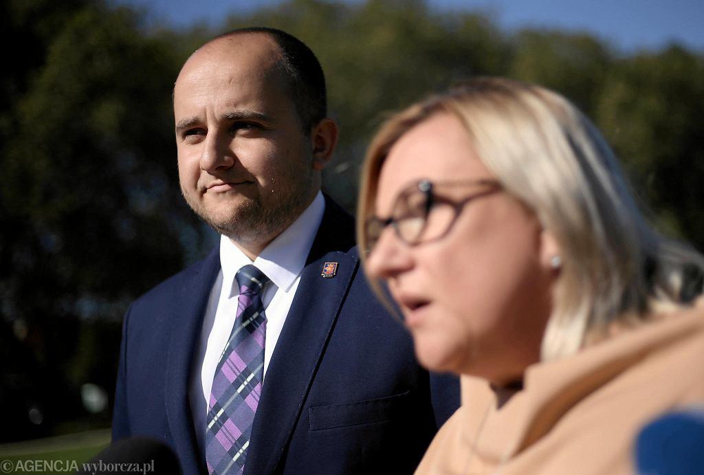 Wybory parlamentarne 2019. Beata Kempa zachęca do głosowania na Dariusza Mateckiego