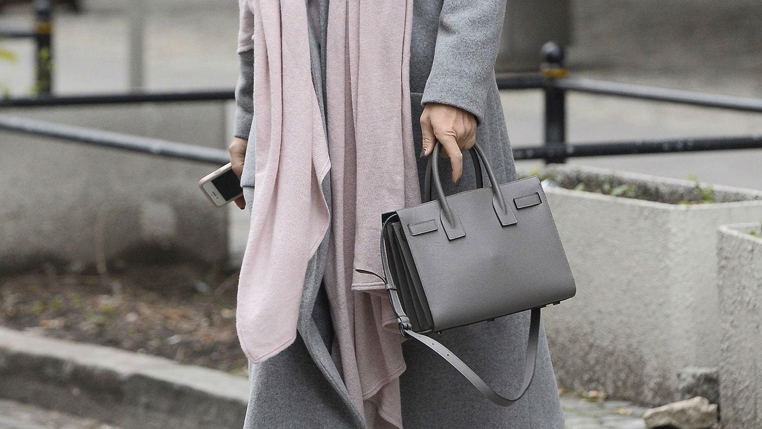 5fbb3b842edb43 Idealna torebka do pracy - sojusz wygody i elegancji: wiele z tych modeli  kupisz o połowę taniej!