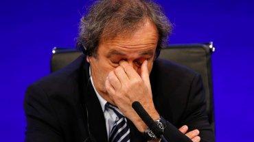 Michael Platini został wraz z Blatterem zawieszony przez Komisję Etyczną. Jest oskarżony o korupcję